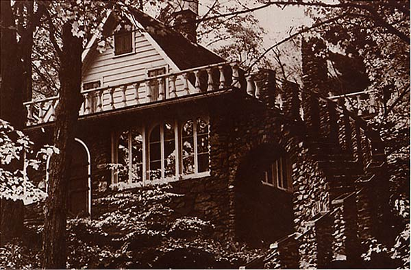 Madame Sheri House in Chesterfield